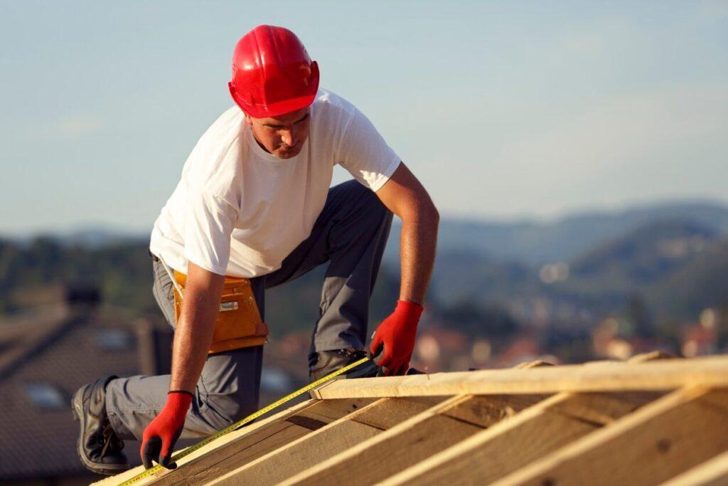 Metal Roofing Contractors-Tampa Metal Roofing Installation & Repair Team